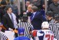 В матче ТХК — «Ижсталь» произошла массовая драка с участием главных тренеров